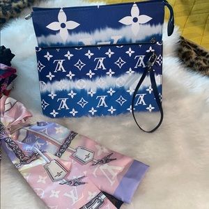 Neverfull escale pouch
